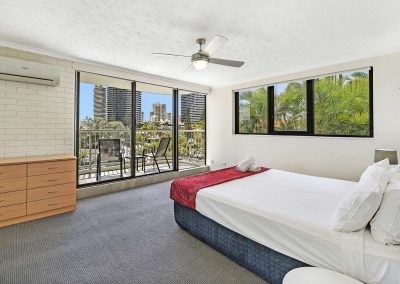 2-Bedroom-Broadbeach-Inn-5